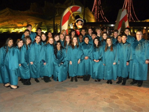 Honor Choir performing at Disney's  Candlelight Ceremony 2009